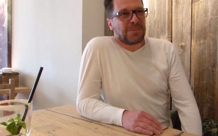 Dirk Plechinger spricht über die Dienstplanung mit Papershift