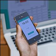 Artikelbild - Der Mitarbeitermodus der Papershift Stempeluhr-App zur Arbeitszeiterfassung