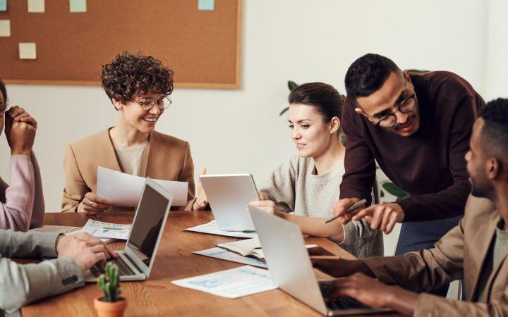 Mitarbeiterzufriedenheit im Unternehmen messen