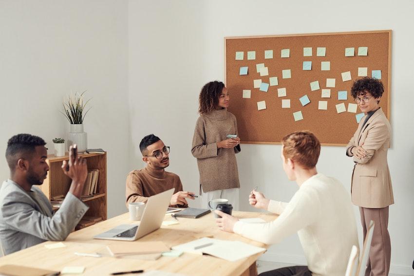 Brainstorming en grupo